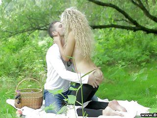 erotic fun in the park