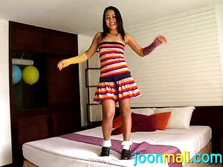 asian infant joon mali shows her stunning body