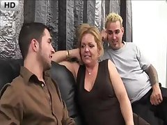 Shopping for Moms - V2